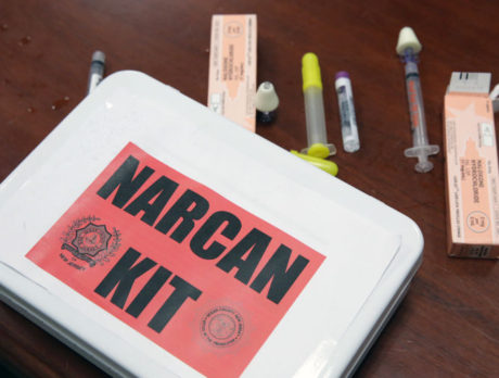 Deputies use Narcan to save man, police issued auto injectors