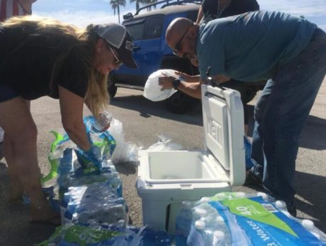 'Big Burger Blessing': Residents unite to feed homeless, give school supplies