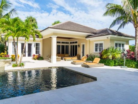 Prime Riomar property offers golf course and ocean views
