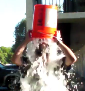 BUZZ: ALS Ice Bucket Challenge | Blogs, social buzz | Vero News