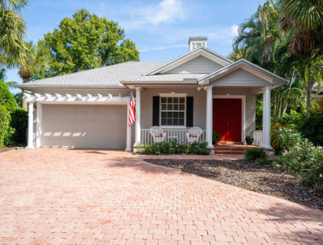 Find Lowcountry charm in Indian River Club home