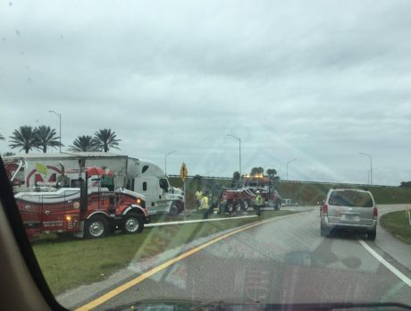 No injuries after tractor-trailer flips on I-95 ramp