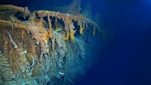 First human occupied submarine dive in 14 years to Titanic